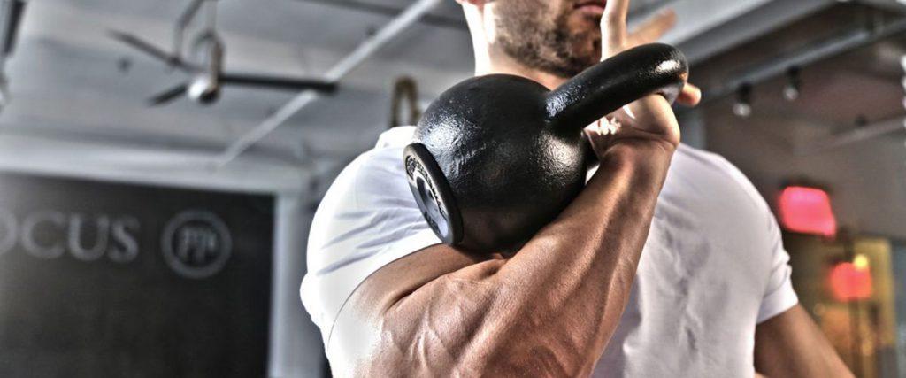 Plany treningowe za darmo – Trening w domu i na siłowni